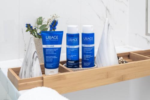 uriage-cuir-chevelu-DS-Hair-Les-conseils-d'Uriage-pour-en-venir-à-bout-des-pellicules